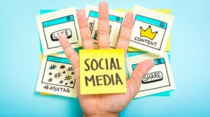 político nas redes sociais